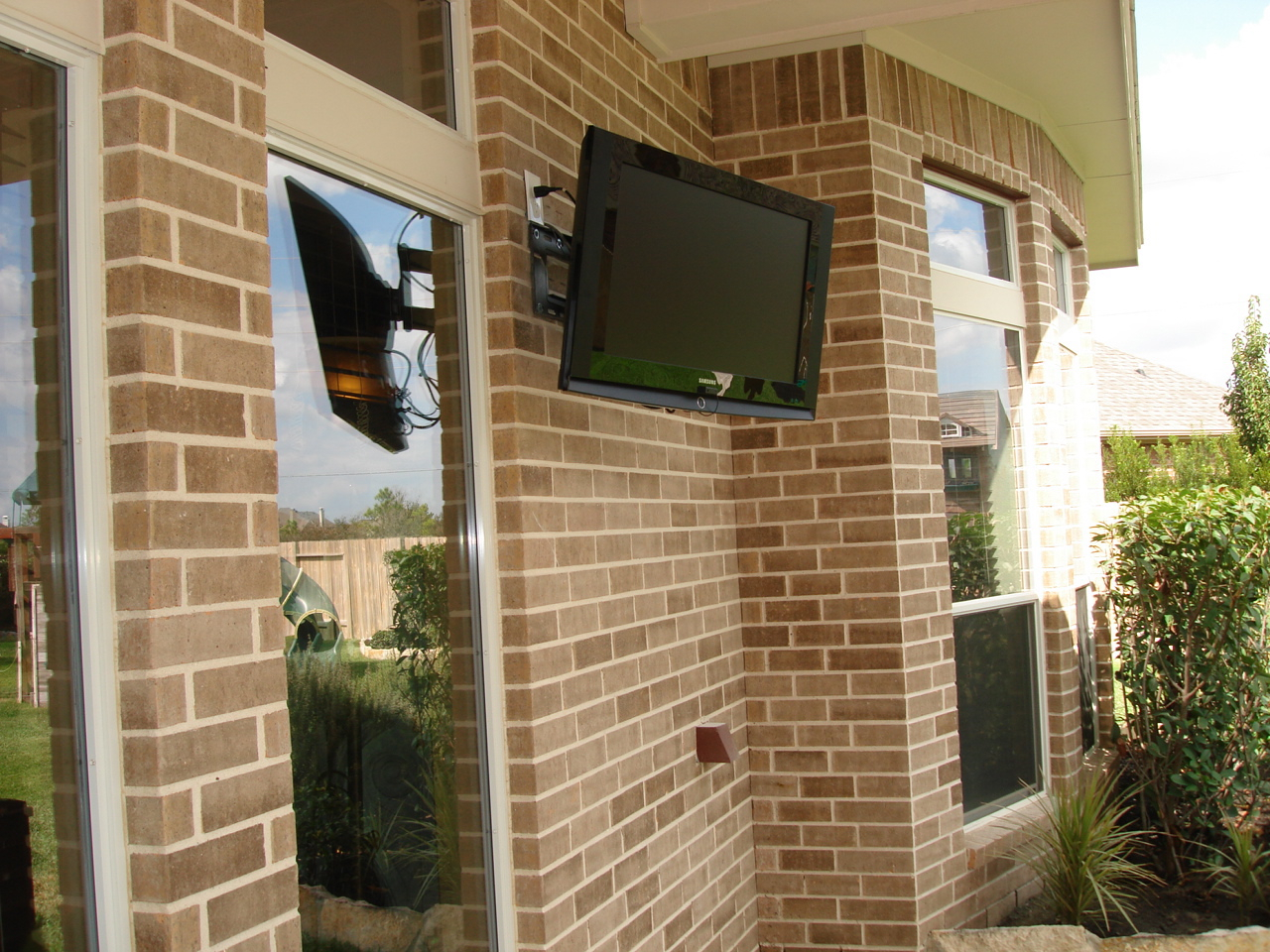 Bar Furniture Patio Tv Outdoor Mounts Icamblog Dsc04254 Within Dimensions 1280 X 960