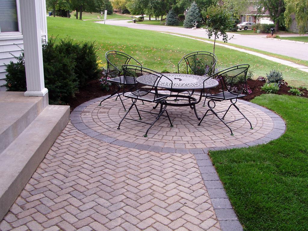 Attrayant Installing Interlocking Pavers Vs Stamped Concrete In Kansas City With  Regard To Size 1024 X 768