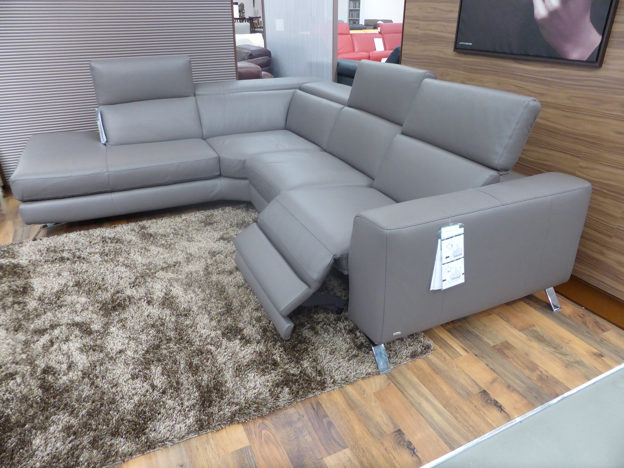 Natuzzi Editions Luca Power Reclining Lh Facing Chaise Sofa intended for proportions 2000 X 1500