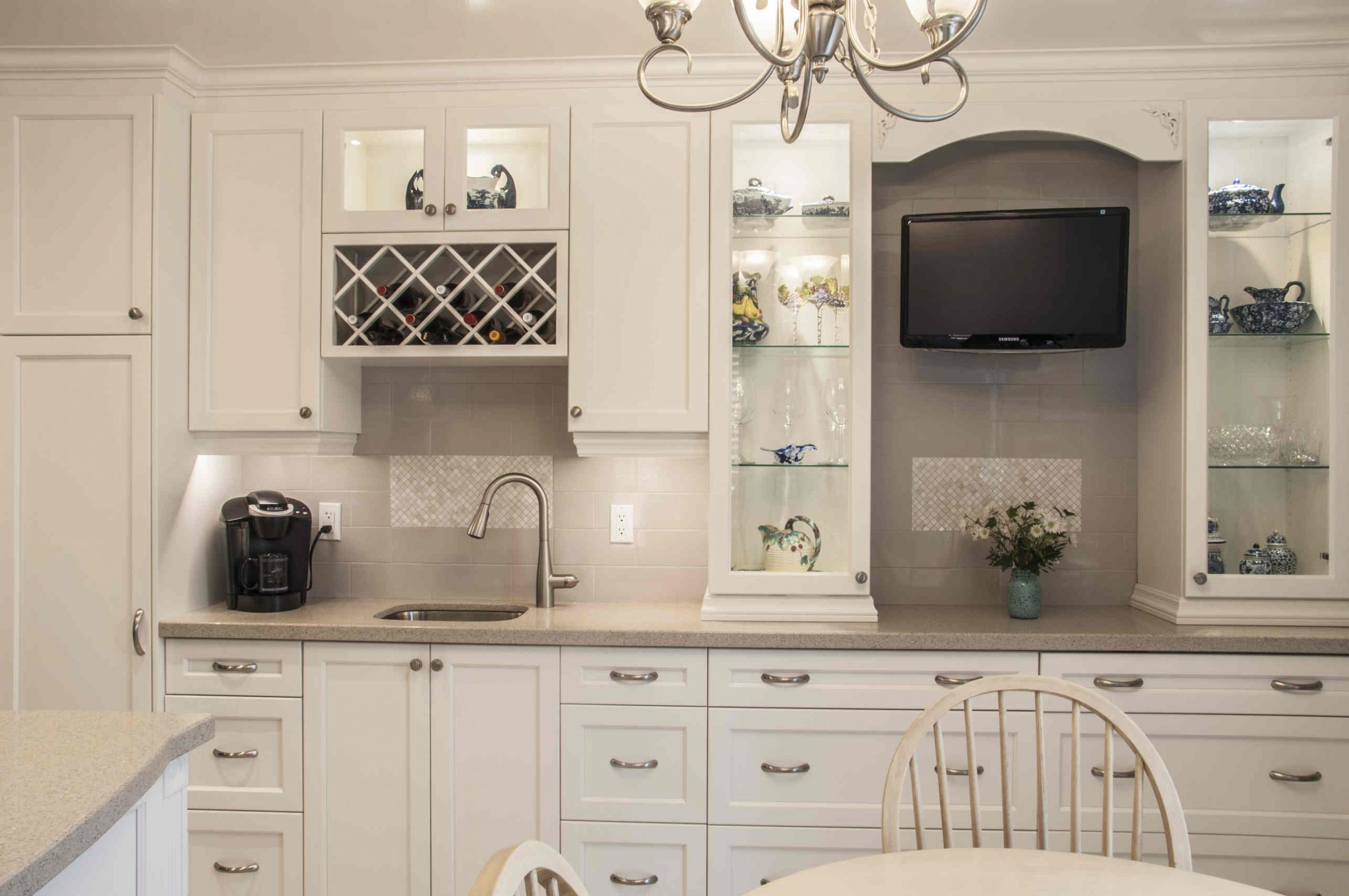 Kitchen Cabinets Flooring And Paint Easy Way To Revamp in proportions 2573 X 1709